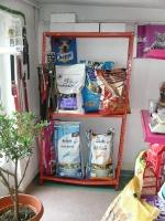 Hrana si accesorii pentru animale de companie